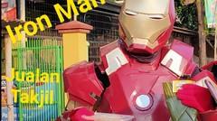 Saat Iron Man Jualan Aneka Takjil di Cirebon